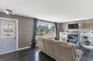Photo 2: 5812 137 Avenue in Edmonton: Zone 02 House for sale : MLS®# E4210985