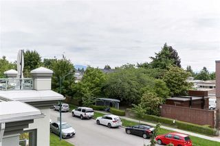 "Photo 6: 307 6475 CHESTER Street in Vancouver: Fraser VE Condo for sale in ""SOUTHRIDGE HOUSE"" (Vancouver East)  : MLS®# R2503593"