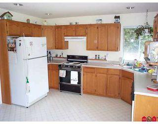 "Photo 2: 8805 165TH Street in Surrey: Fleetwood Tynehead House for sale in ""FLEETWOOD ESTATES"" : MLS®# F2708974"