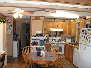 Photo 3: F2 220 G&M RD in Kamloops: Manufactured Home for sale : MLS®# 104142