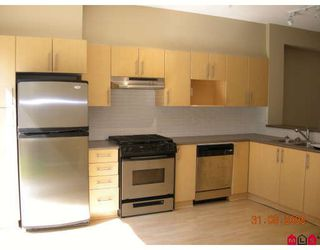 """Photo 3: 28 15152 62A Avenue in Surrey: Sullivan Station Townhouse for sale in """"UPLANDS"""" : MLS®# F2816120"""