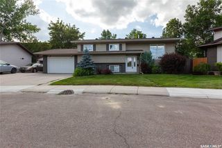 Photo 3: 183 Coldspring Crescent in Saskatoon: Lakeview SA Residential for sale : MLS®# SK779270