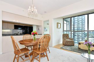 "Photo 10: 1305 1710 BAYSHORE Drive in Vancouver: Coal Harbour Condo for sale in ""BAYSHORE GARDENS"" (Vancouver West)  : MLS®# R2391660"