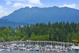 "Photo 3: 1305 1710 BAYSHORE Drive in Vancouver: Coal Harbour Condo for sale in ""BAYSHORE GARDENS"" (Vancouver West)  : MLS®# R2391660"
