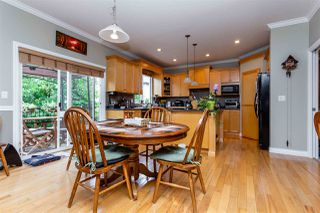 """Photo 9: 21683 90A Avenue in Langley: Walnut Grove House for sale in """"Madison Park"""" : MLS®# R2405115"""