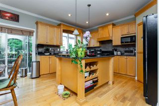 """Photo 10: 21683 90A Avenue in Langley: Walnut Grove House for sale in """"Madison Park"""" : MLS®# R2405115"""