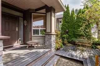 """Photo 2: 21683 90A Avenue in Langley: Walnut Grove House for sale in """"Madison Park"""" : MLS®# R2405115"""