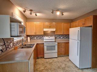 Photo 2: 15047 134 Street in Edmonton: Zone 27 House for sale : MLS®# E4175723