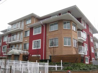 "Main Photo: 301 1990 WESTMINSTER Avenue in Port Coquitlam: Glenwood PQ Condo for sale in ""The Arden"" : MLS®# R2428018"