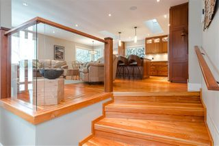 Photo 3: 15318 21 Avenue in Surrey: King George Corridor House for sale (South Surrey White Rock)  : MLS®# R2428864