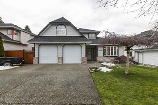 Photo 1: 27017 26A Avenue in Langley: Aldergrove Langley House for sale : MLS®# R2430545