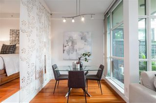 """Photo 8: 112 2515 ONTARIO Street in Vancouver: Mount Pleasant VW Condo for sale in """"ELEMENTS"""" (Vancouver West)  : MLS®# R2473031"""