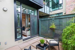 """Photo 19: 112 2515 ONTARIO Street in Vancouver: Mount Pleasant VW Condo for sale in """"ELEMENTS"""" (Vancouver West)  : MLS®# R2473031"""