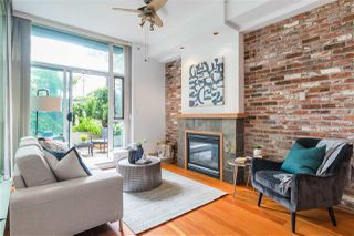 """Photo 5: 112 2515 ONTARIO Street in Vancouver: Mount Pleasant VW Condo for sale in """"ELEMENTS"""" (Vancouver West)  : MLS®# R2473031"""