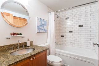 """Photo 16: 112 2515 ONTARIO Street in Vancouver: Mount Pleasant VW Condo for sale in """"ELEMENTS"""" (Vancouver West)  : MLS®# R2473031"""