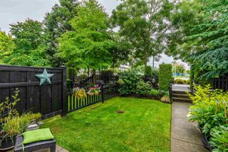"""Photo 3: 22 2450 161A Street in Surrey: Grandview Surrey Townhouse for sale in """"Glenmore"""" (South Surrey White Rock)  : MLS®# R2472218"""