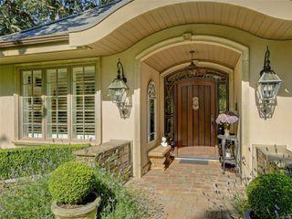 Photo 3: 3280 Uplands Rd in : OB Uplands Single Family Detached for sale (Oak Bay)  : MLS®# 854093