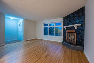 Photo 2: 6315 4 Street NW in Calgary: Thorncliffe Semi Detached for sale : MLS®# A1040867