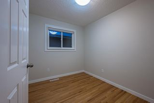 Photo 13: 6315 4 Street NW in Calgary: Thorncliffe Semi Detached for sale : MLS®# A1040867
