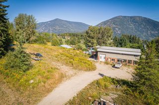 Photo 3: 2402 SILVER KING ROAD in Nelson: Retail for sale : MLS®# 2454204