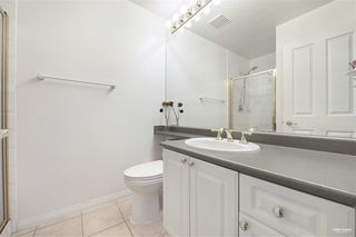 Photo 5: 2701 6837 STATION HILL Drive in Burnaby: South Slope Condo for sale (Burnaby South)  : MLS®# R2528773