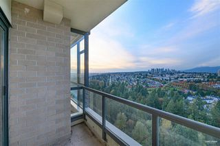 Photo 9: 2701 6837 STATION HILL Drive in Burnaby: South Slope Condo for sale (Burnaby South)  : MLS®# R2528773