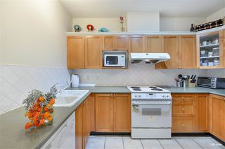 Photo 3: 2701 6837 STATION HILL Drive in Burnaby: South Slope Condo for sale (Burnaby South)  : MLS®# R2528773