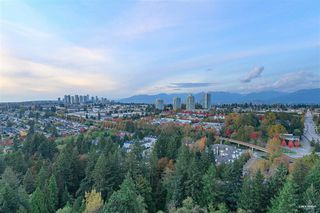 Photo 11: 2701 6837 STATION HILL Drive in Burnaby: South Slope Condo for sale (Burnaby South)  : MLS®# R2528773