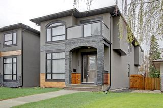 Main Photo: 2229 VICTORIA Crescent NW in Calgary: Banff Trail Detached for sale : MLS®# A1064015