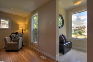 Photo 5: 621 Roanoke Avenue in Kelowna: Other for sale : MLS®# 10030638