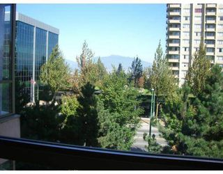 "Photo 5: 403 5885 OLIVE Avenue in Burnaby: Metrotown Condo for sale in ""METROPOLITAN"" (Burnaby South)  : MLS®# V669053"