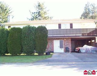 Photo 1: 7112 - 140A Street: House for sale (East Newton)  : MLS®# F2426757