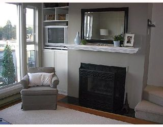 """Photo 3: 16 877 W 7TH Avenue in Vancouver: Fairview VW Townhouse for sale in """"EMERALD COURT"""" (Vancouver West)  : MLS®# V701938"""
