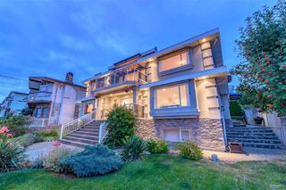 Main Photo: 326 DELTA Avenue in Burnaby: Capitol Hill BN House for sale (Burnaby North)  : MLS®# R2392923