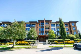 "Photo 2: 205 220 SALTER Street in New Westminster: Queensborough Condo for sale in ""GLASSHOUSE LOFTS"" : MLS®# R2412072"