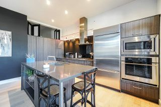 "Photo 8: 205 220 SALTER Street in New Westminster: Queensborough Condo for sale in ""GLASSHOUSE LOFTS"" : MLS®# R2412072"