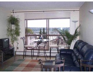 "Photo 1: 301 320 ROYAL AV in New Westminster: Downtown NW Condo for sale in ""PEPPERTREE"" : MLS®# V557563"