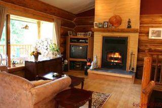 Photo 2: 1240 Morgan Drive: Scotch Creek Residential Detached for sale (North Shore, Shuswap Lake)  : MLS®# 9180045