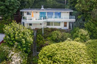 Main Photo: 228 TSAWWASSEN BEACH Road in Delta: English Bluff House for sale (Tsawwassen)  : MLS®# R2473867
