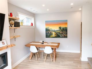 Photo 5: 102 3318 Radiant Way in Langford: La Happy Valley Row/Townhouse for sale : MLS®# 841190