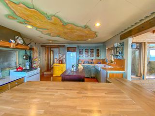 Photo 12: WEST TRAIL ISLAND in Halfmoon Bay: Sechelt District House for sale (Sunshine Coast)  : MLS®# R2498445