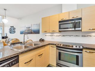 Photo 10: 420 33539 HOLLAND Avenue in Abbotsford: Central Abbotsford Condo for sale : MLS®# R2515308