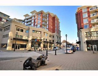 "Photo 2: 4028 Knight Street in Vancouver: Knight Condo for sale in ""King Edward Village"" (Vancouver East)  : MLS®# V801139"