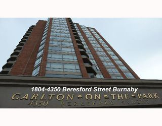 "Photo 1: 1804 4350 BERESFORD Street in Burnaby: Metrotown Condo for sale in ""CARLTON ON THE PARK"" (Burnaby South)  : MLS®# V640174"