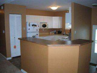 Photo 2: 965 OLLEK STREET in Kamloops: North Shore Residential Detached for sale : MLS®# 100618