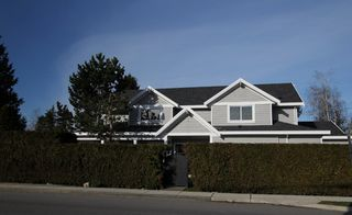 Photo 1: 5690 Crescent Drive in Ladner: House for sale : MLS®# V878339