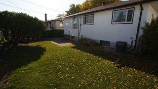 Photo 3: 1087 Bannerman Avenue in Winnipeg: North End Residential for sale (North West Winnipeg)
