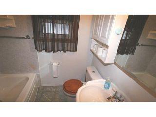 Photo 4: 1087 Bannerman Avenue in Winnipeg: North End Residential for sale (North West Winnipeg)