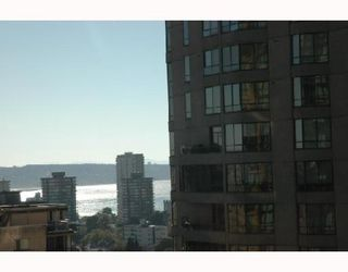 """Photo 9: 2107 1331 ALBERNI Street in Vancouver: West End VW Condo for sale in """"THE LIONS"""" (Vancouver West)  : MLS®# V667911"""