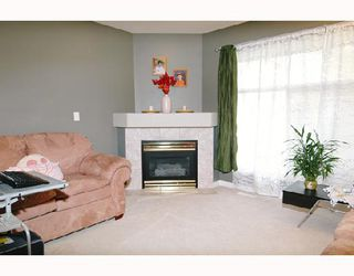 "Photo 5: 56 758 RIVERSIDE Drive in Port Coquitlam: Riverwood Townhouse for sale in ""RIVERLANE ESTATES"" : MLS®# V669347"